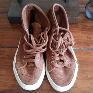 Vans Skateboard Shoes.